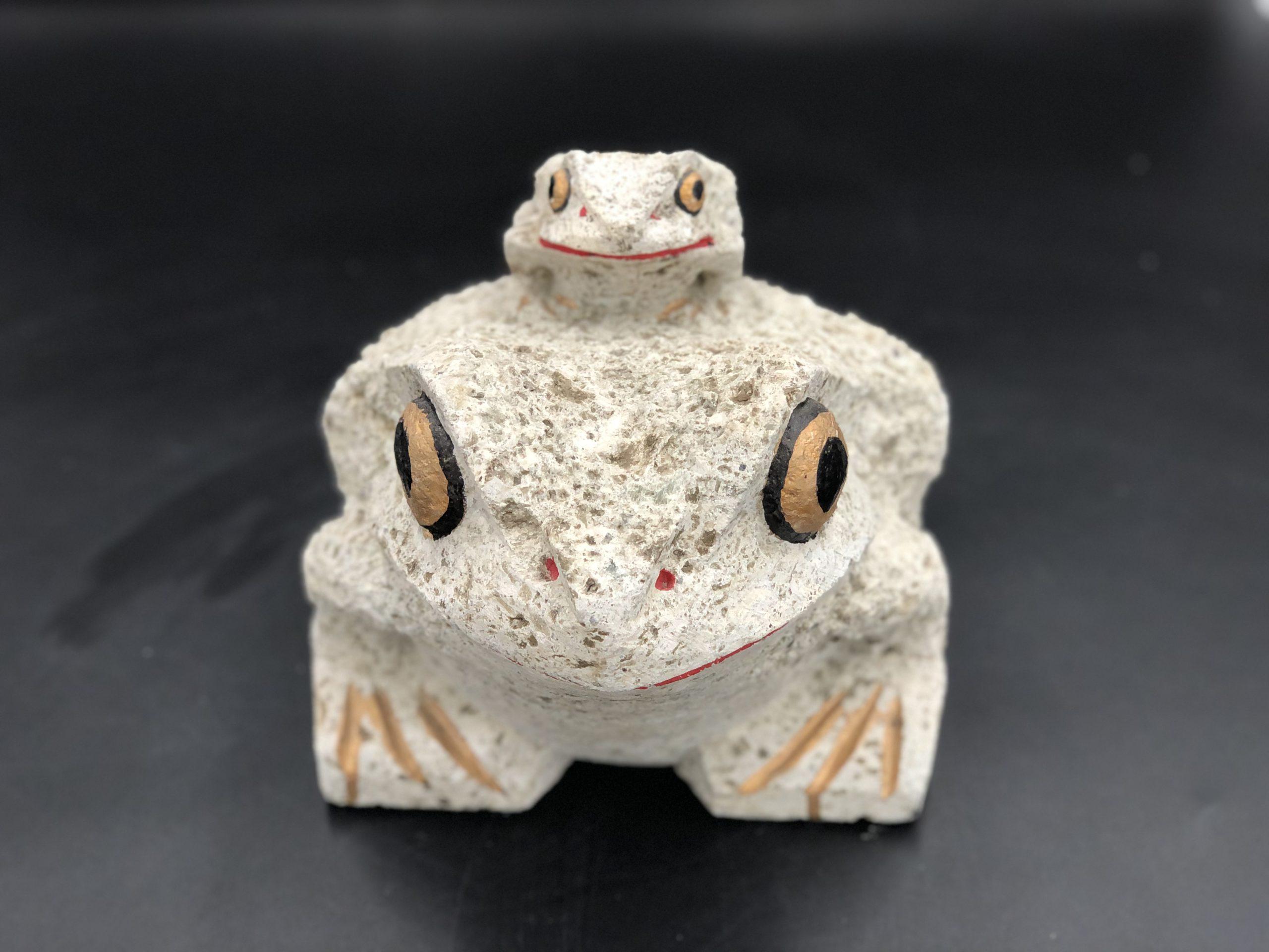 大谷石8寸親子カエル