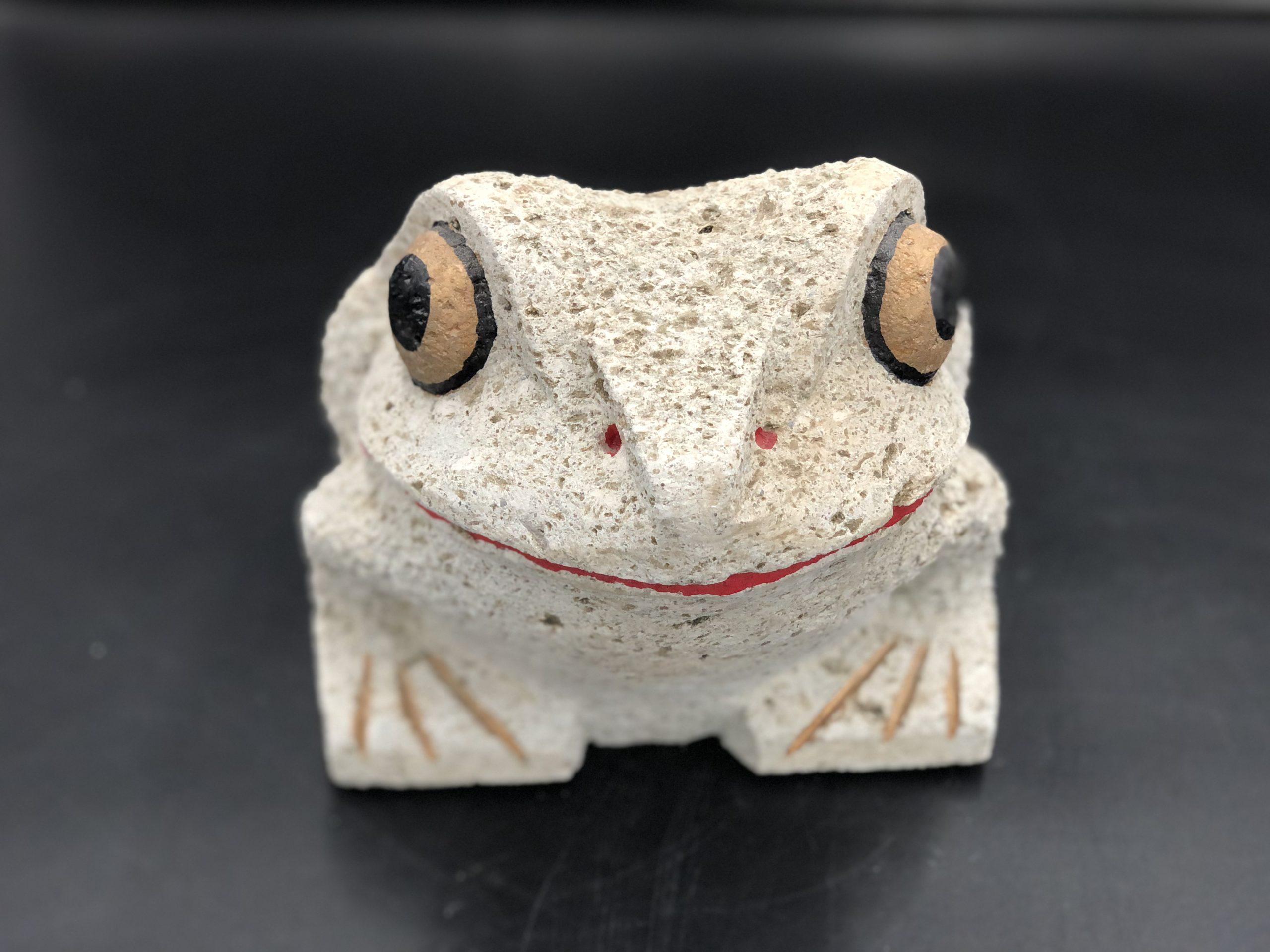 大谷石8寸カエル