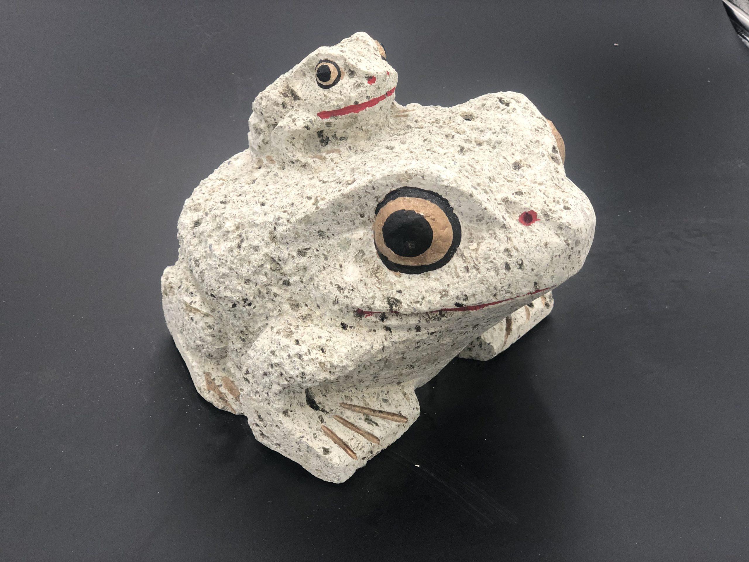 大谷石はマイナスイオンを発生・消臭・癒し効果もあります。